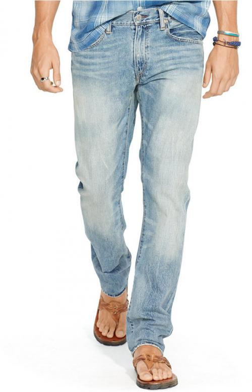 С чем носить голубые джинсы. Рекомендации стилистов