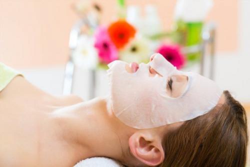 Для жирной кожи питательная маска. Питательные маски для лица в домашних условиях