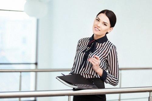 В чем пойти на собеседование девушке. Как правильно одеться на собеседование девушкам и женщинам