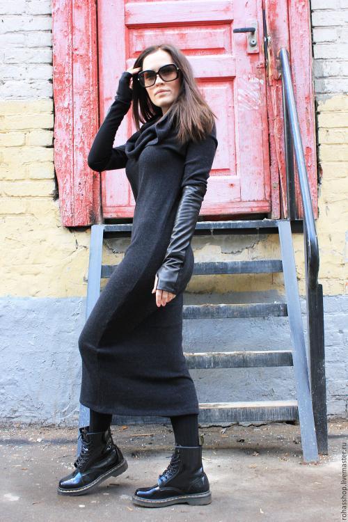 Как носить трикотажное длинное платье. Какую обувь одеть под длинное платье?