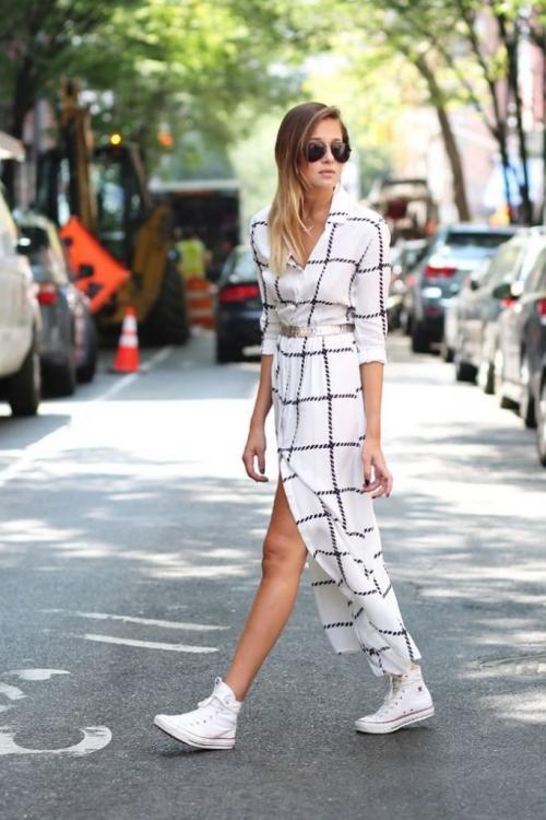 Платье с чем можно носить. Кроссовки и макси: модный тренд