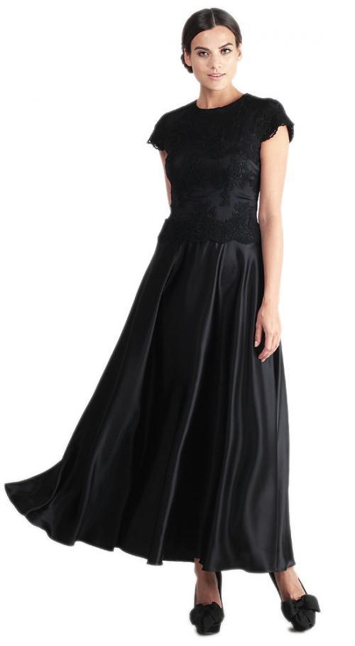 С чем носить длинное черное платье. С какой обувью носить длинное платье
