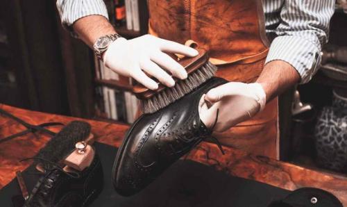 Уход за новой обувью из натуральной кожи. Чистка