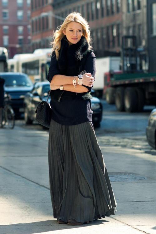 Длинное платье осенью с чем носить. С чем носить длинные платья осенью? Женственные образы