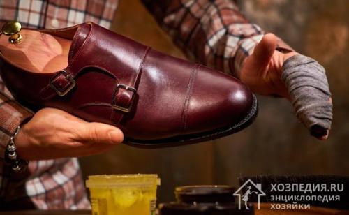 Как ухаживать за кожаными сапогами. Уход за новой обувью