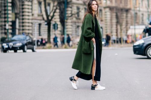 Образ с длинным платьем. С чем носить длинное платье, чтобы всегда быть стильной