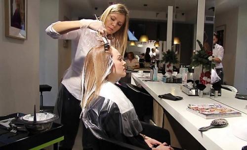 Окрашенные волосы в блондинку. Основные секреты окрашивания волос в блонд без желтизны