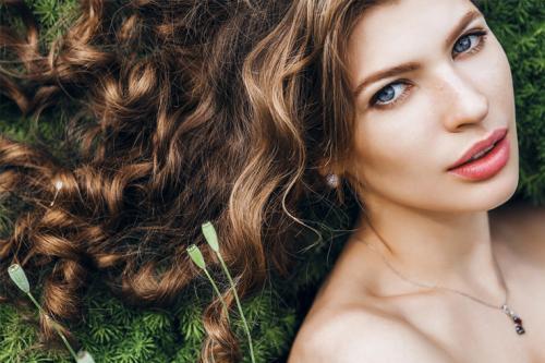 Кокосовое масло для волос польза. Преимущества кокосового масла в уходе за волосами