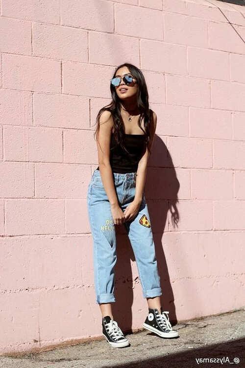 Джинсы момы это. Что значит «джинсы мом»?