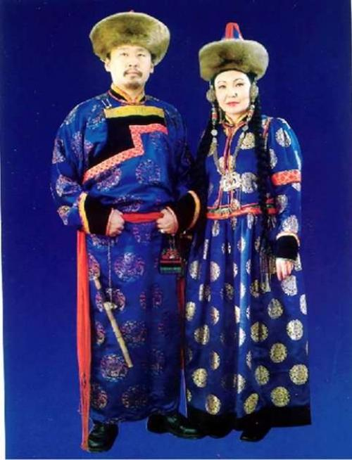 Буряты национальный костюм. Бурятский национальный костюм