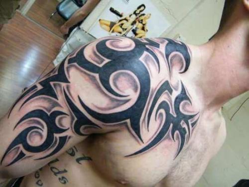 Кельтский узор на спине мужские значение. Тату кельтский узор на плече мужские фото