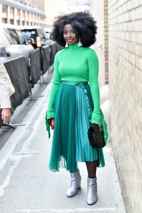 Как одеться стильно. Как одеваться стильно и красиво со вкусом, выбор модной одежды 12